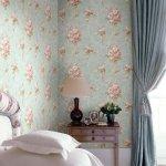 naklejka na ścianie w sypialni